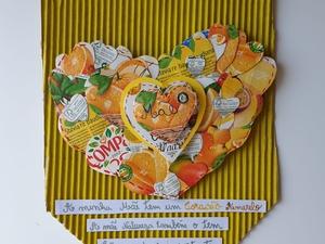 Trabalho final do coração amarelo transformado em uma bandeirola para o dia da Mãe.