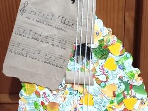 Guitarra quase terminada
