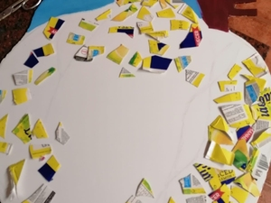 Colagens de retalhos das embalagens Tetra Pak