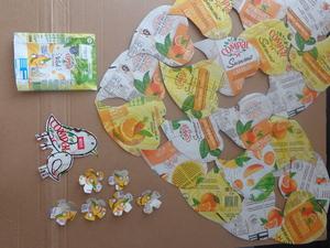 Coração já montado. Recortes de flores, pássaros (simbolismo - mãe e filho) e um pacote Compal para completar a montagem.